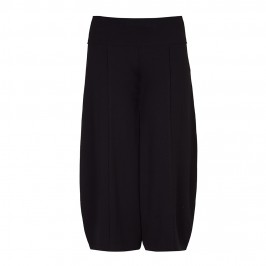 BEIGE RELAXED SHAPE JERSEY CULOTTES IN BLACK - Plus Size Collection