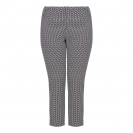 CHALOU Black and White cropped Trousers - Plus Size Collection
