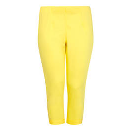 BEIGE LABEL PULL ON THREE-QUARTER TROUSER YELLOW - Plus Size Collection