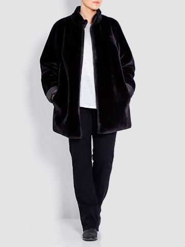 Persona reversible eco-shearing black coat