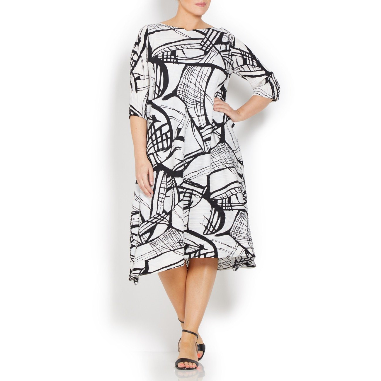 Mashiah Monochrome Pleated Dress